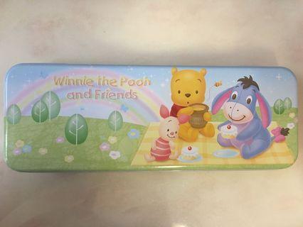 🐻Winnie the Pooh and friends 兩層筆盒配文具
