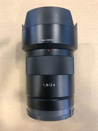 Sony 24mm F1.8 ZA