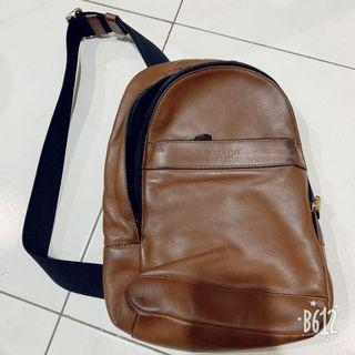 💯 authentic Coach Sling Bag