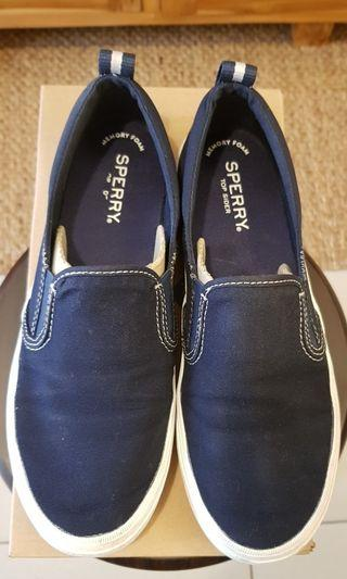 Sperry slip on shoes