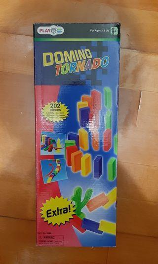 Domino 骨牌