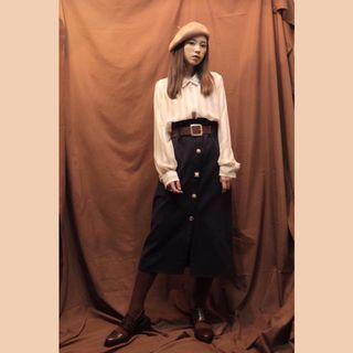 Stripegal 韓國製 精緻排扣裙 附同色腰帶