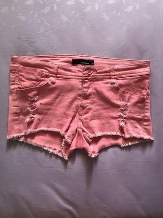 💁🏻♀️ TALLY WEiJL Pink Shorts.