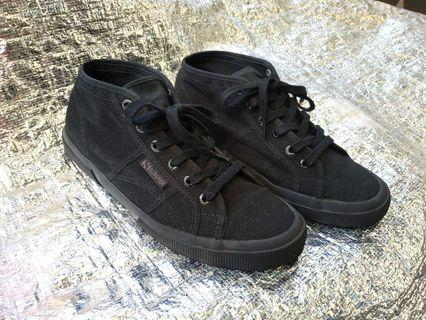 Superga Mid High Total Black