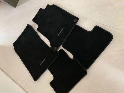 New original GLA 180 Mercedes floor mat
