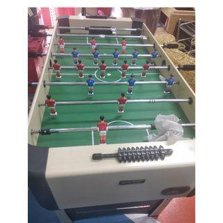 BRAND NEW sports soccer game table