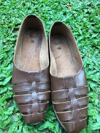 #BAPAU Sepatu Kulit