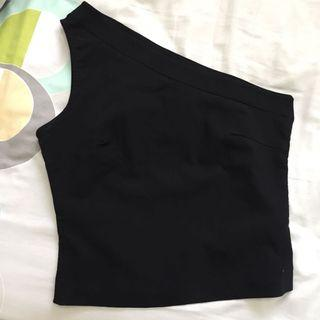 Half shoulder top