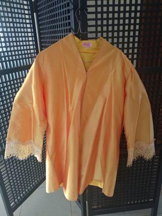 Baju kondangan kuning