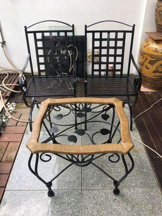 Outdoor or balcony table and chairs