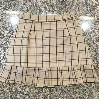 💕BNWT LIGHT BROWN CHECKERED SKIRT💕