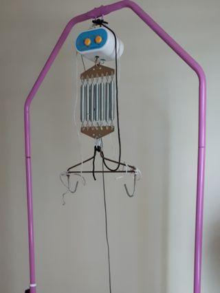 Baby Electric Cradle / Sarong / Yao Lan