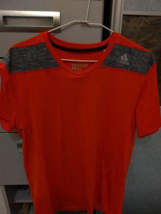 🚚 Adidas 運動短袖