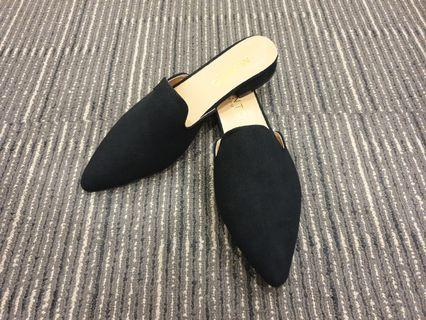 SUEDE SUPER COMFY EASY SLIP ON COVERED TOES FLATS - 0388(BLACK)