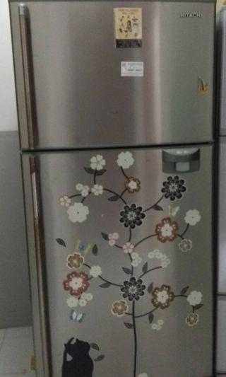 Refrigerator fridge Hitachi 229L