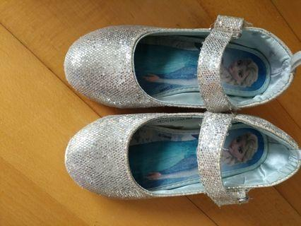 Frozen shoes from H&M