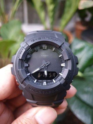 G-Shock G100BB like new