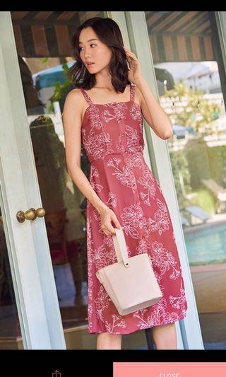 🚚 Fyrine Flora Printer Midi Dress