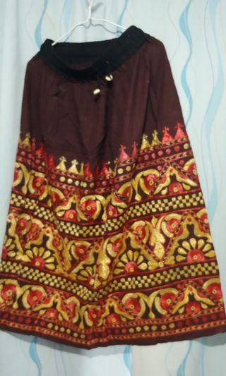1977民族半身裙 (原價$550 橡筋腰 清衣柜 九成新)