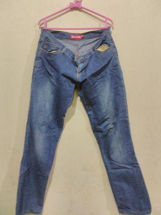 Celana jeans merk M2 Jeans