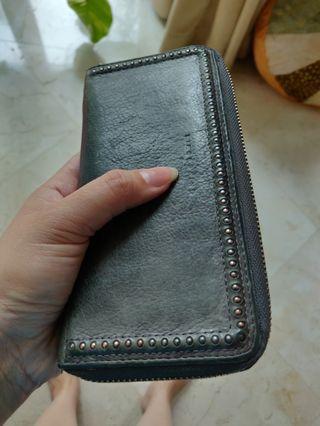 Leibeskind Berlin - grey wallet.
