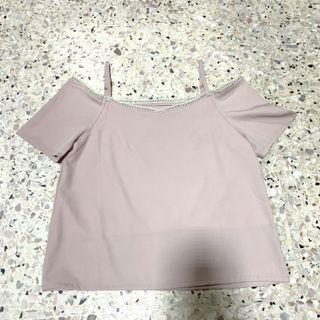 🚚 Pink Off Shoulder Top
