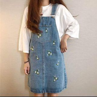 Denim Pinafore / jumpsuit