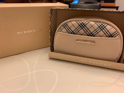 Burberry Pouch with scarf