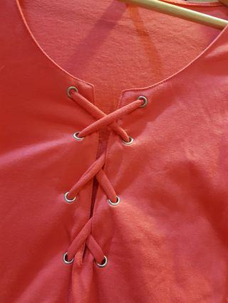性感桃紅  胸口綁帶純棉上衣