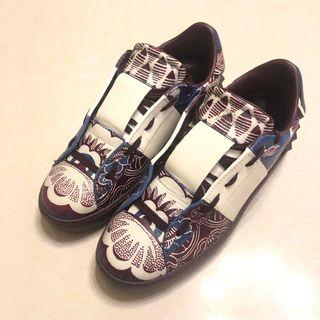 Valentino limited edition sneakers chocolate white special print