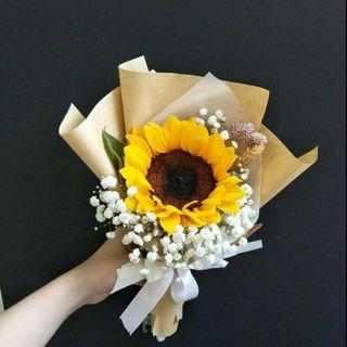 🚚 Sunny Day Bouquet