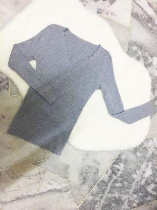 Grey long sleeve shirt