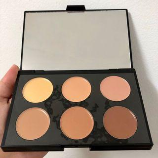 Cream Contour and Highlighting Kit