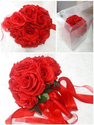 結婚物資:紅色絲花球連透明保護盒 (割價)