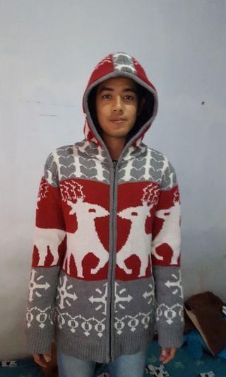 Jaket sweater rajut hangat