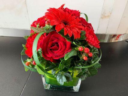 Glass Vase Arrangement - Fresh Flowers