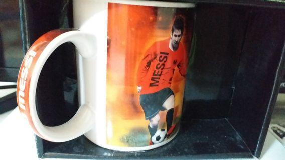 Cup~。Messi
