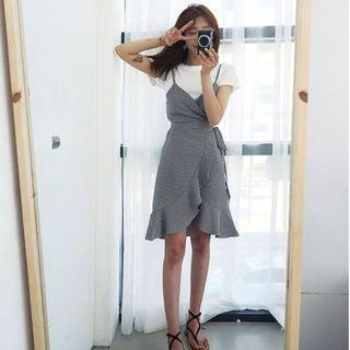 Checkered Set ((Tshirt+Outer Dress))