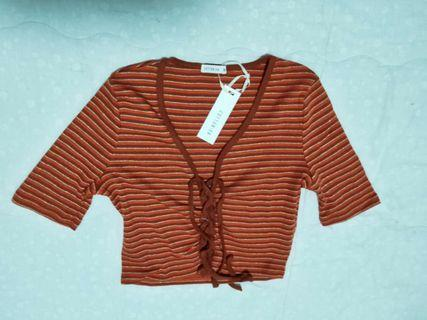 bnwt lace up crop top
