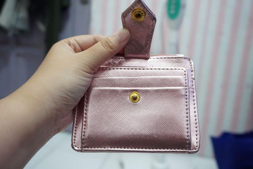 Card holder/wallet