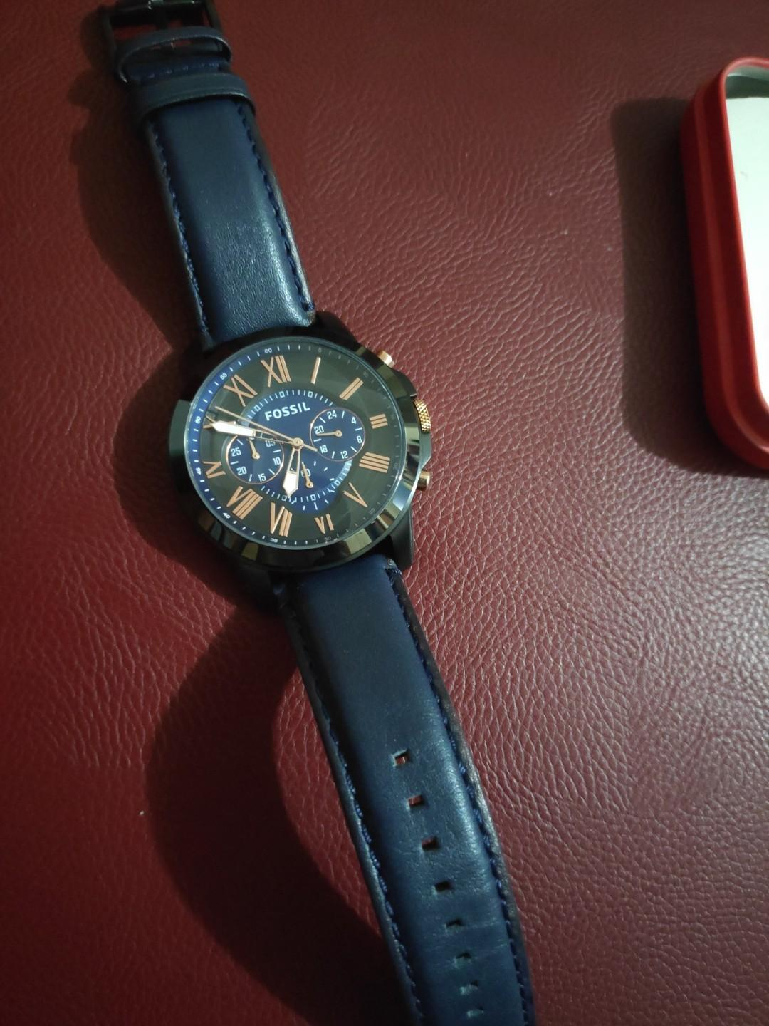 Fossil Jam Tangan Pria Grant Chronograph Navy Leather Strap FS5061 Ori