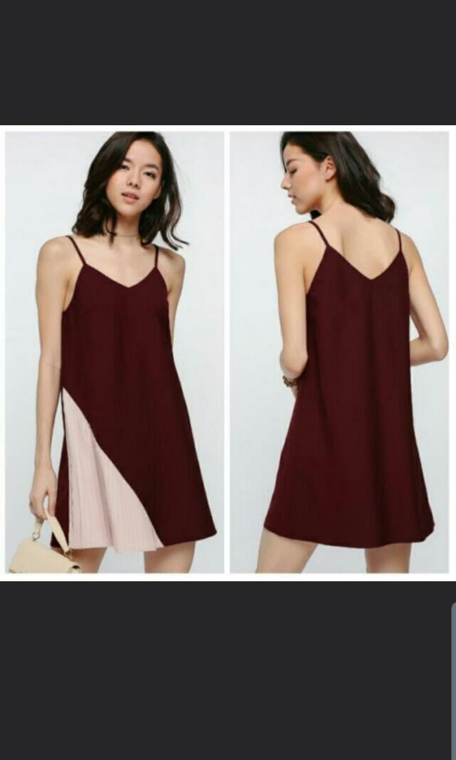 Love Bonito Azhta Contrast Pleated Dress in Maroon Pink