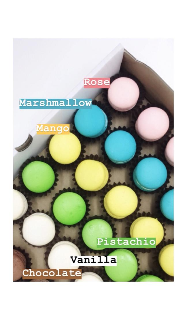 Macarons (Tray of 40)
