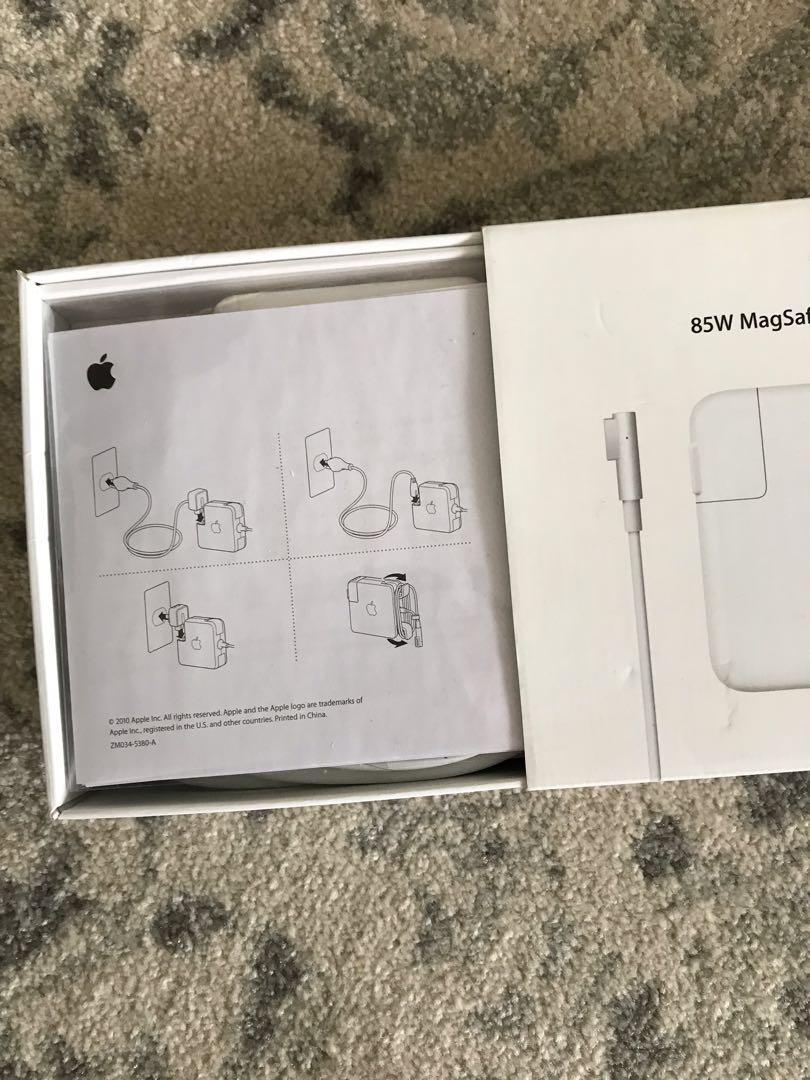 MacBook Pro Charger [PRICE DROP]