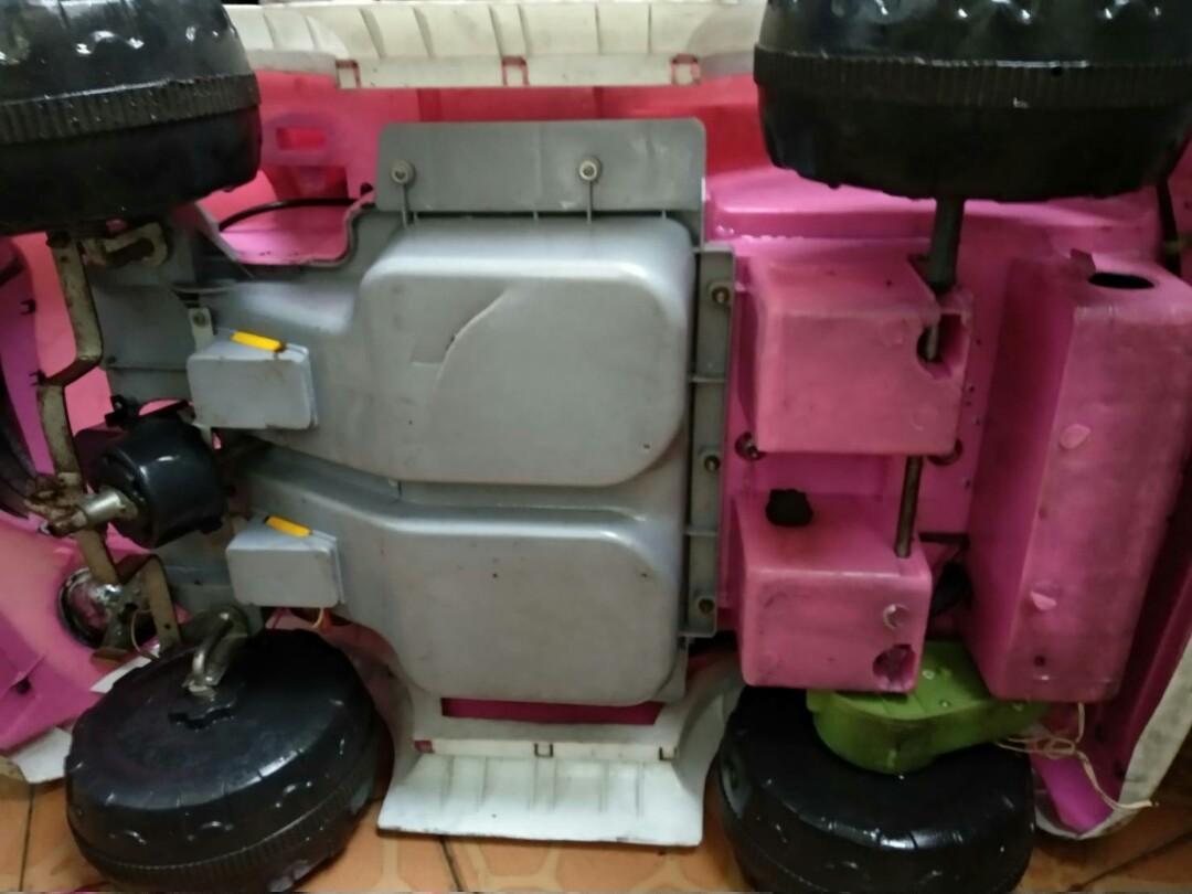 Mobil Mobilan anak pink