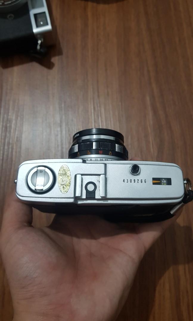 olympus trip 35 analog camera