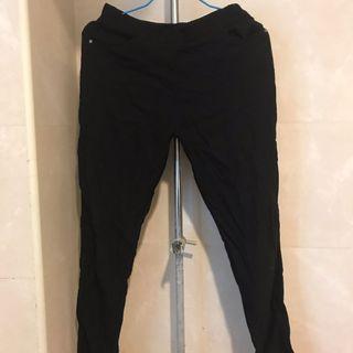 黑色顯瘦長褲 彈性長褲