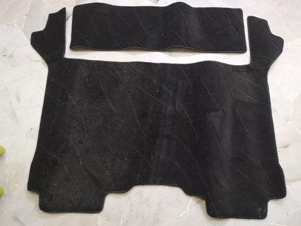 Ori Toyota Vellfire or Alphard 2.4 Japan Middle and Real Floor Carpet