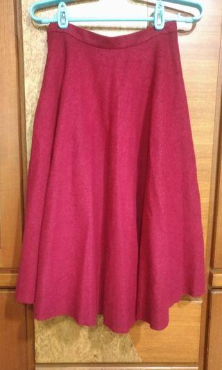 絨布暗紅長裙