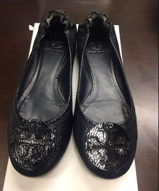 Tory Burch patent leather plats size 6.5